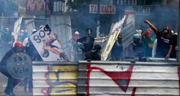 protestas_AP-980x600-600x320